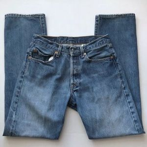 Levi's 501 31x34 Light Wash Buttonfly Jeans Wedgie